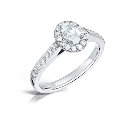 GIA Certified G VS Diamond cluster ring, Platinum. Oval centre stone - 0.65 carat