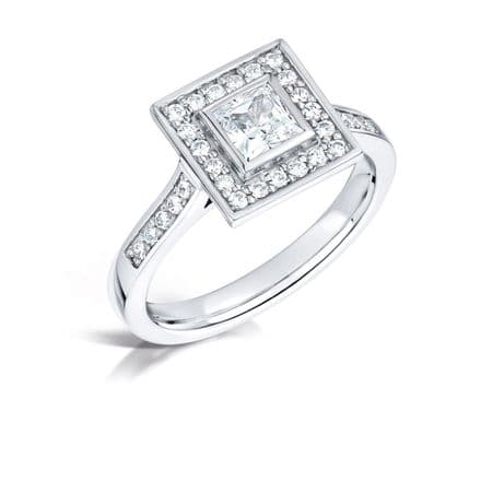 GIA Certified G VS Diamond cluster ring, Platinum. Princess cut centre stone - 0.80 carat