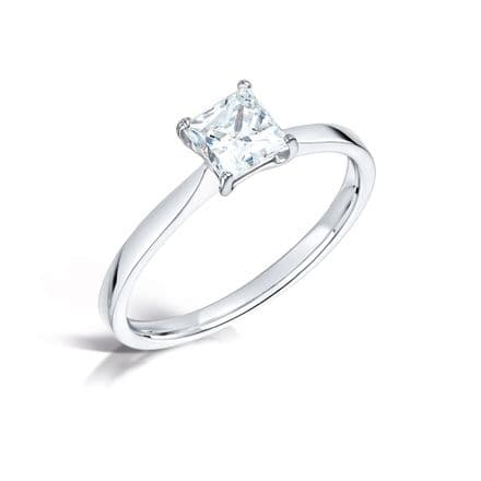 Wedfit 4 round claw diamond engagement ring. Tapered solid shoulder Princess cut.