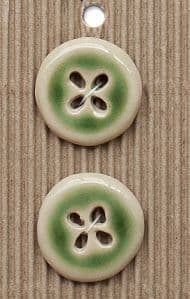 Incomparable BUTTONS L600 - green glaze x 2