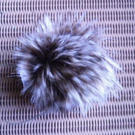 Lang Yarns Fun Fur POMPOM 12 cm chocolate cream