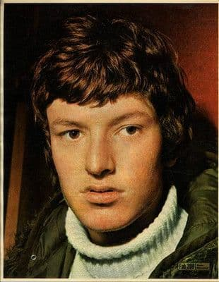 STEVE WINWOOD approx 10X13 inch pinup poster size press cutting/clipping 1966 Original