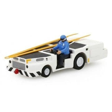 TSMWAC004 True Scale Wings Collection US Navy MD3 Navy Track Tractor (Long Type) with Driver