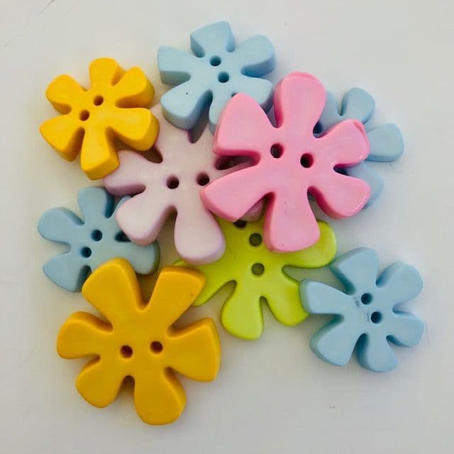 Ex Large / Large Funky Flower Shaped Buttons in Assorted Pastel Colours Pack