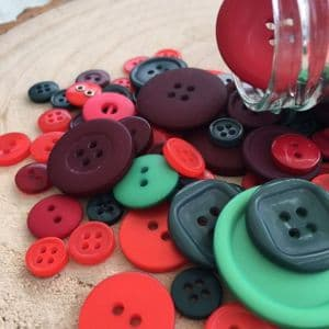 Christmas Red / Green Colour Button Value Pack