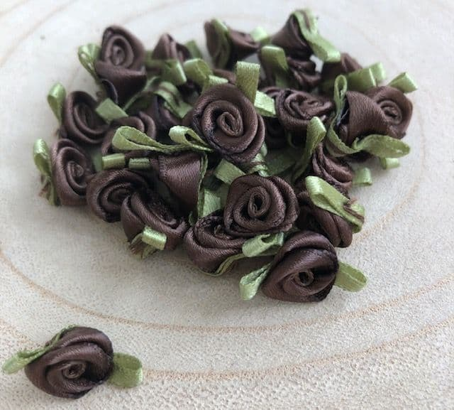 Small Brown Ribbon Roses  To Clear - Great Value