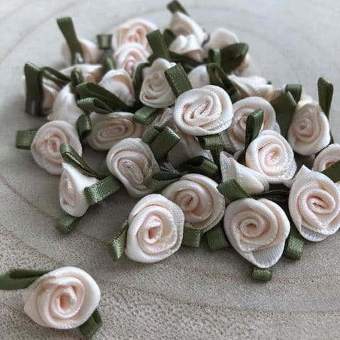 Small Cream Ribbon Roses