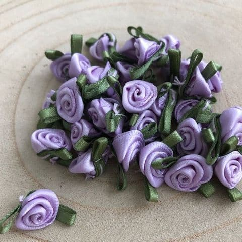 Small Lilac Ribbon Roses