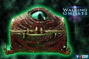 Magical Monster Mimic Trinket jewellery Box with large Realistic Eye Scuplture