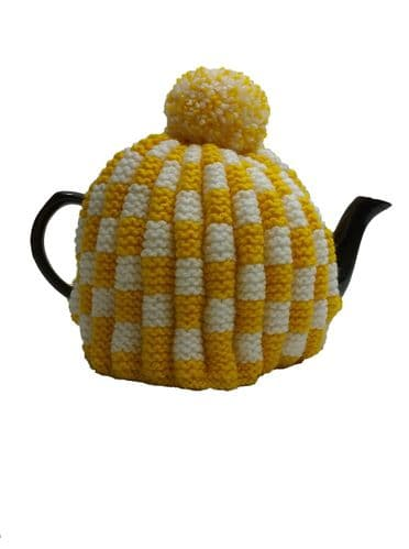 Tea Cosy Yellow & White Check Retro for 4 to 6 Cup (1ltr) Pot. (3)